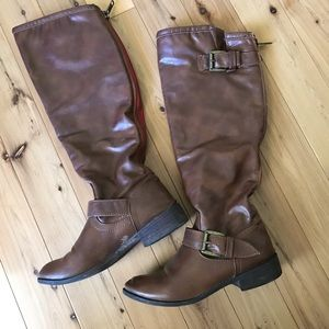 Women's y'all brown leather boot- size 7.5M